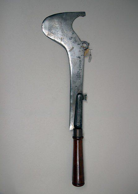 Pathfinder battle axe